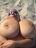 Abbi Secraa incredible natural tits